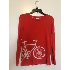 Crown and Ivy bicycle top